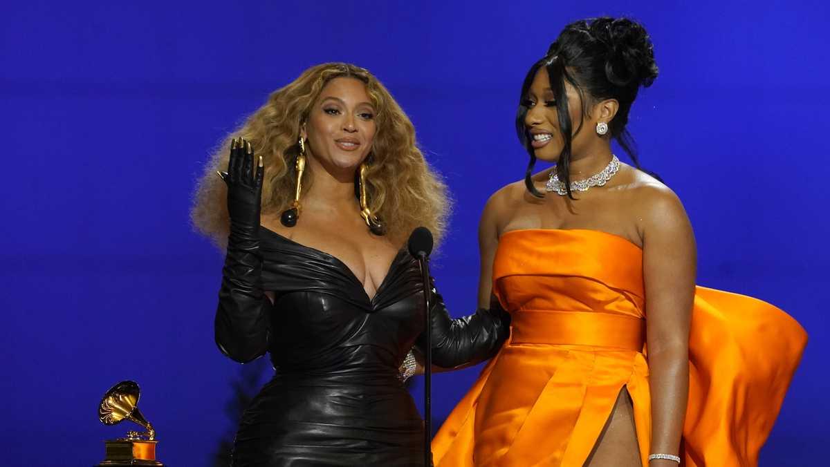 Beyoncé, Taylor Swift make history at Grammys