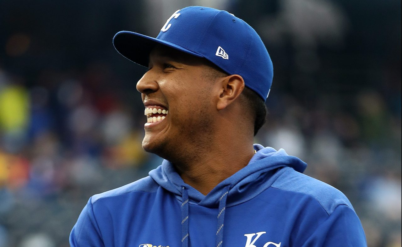 Royals agree to 4-year contract extension with catcher Salvador Perez   FOX 4 Kansas City WDAF-TV