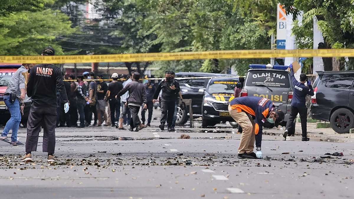 Suicide bomb hits Palm Sunday Mass in Indonesia, at least 20 wounded