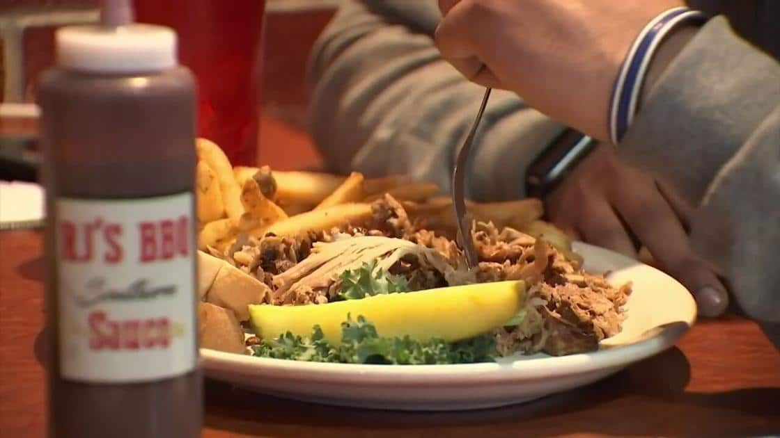 Need a job? Kansas City area restaurants struggle with staffing as business picks back up | News