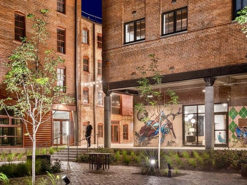 West Bottoms Flats Hosts Neighborhood Party – CitySceneKC