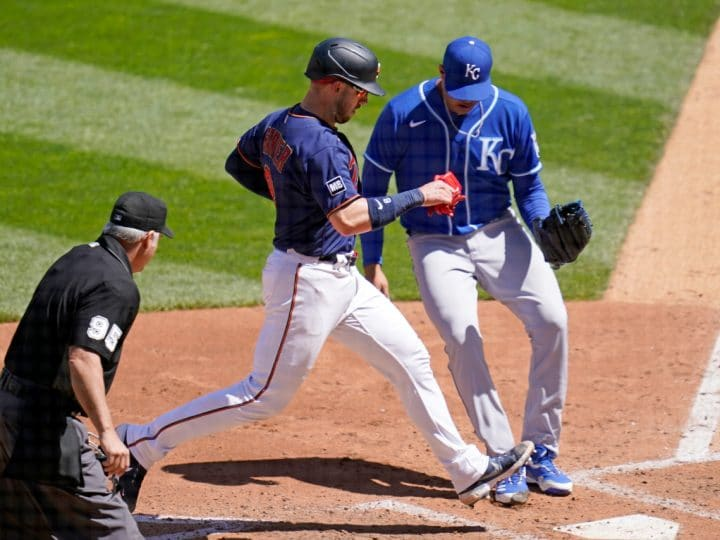 Rookie Larnach homers, Twins hang on to beat Royals 6-5 | FOX 4 Kansas City WDAF-TV