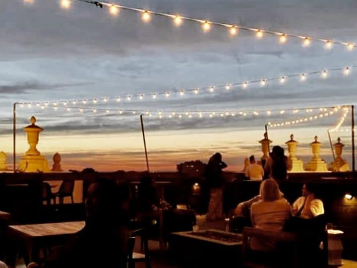 Canary Opens New Rooftop Cocktail Roost – CitySceneKC