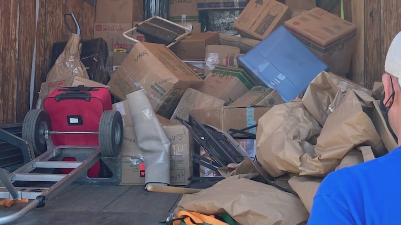 Moving company delivers damaged items to Kansas City woman