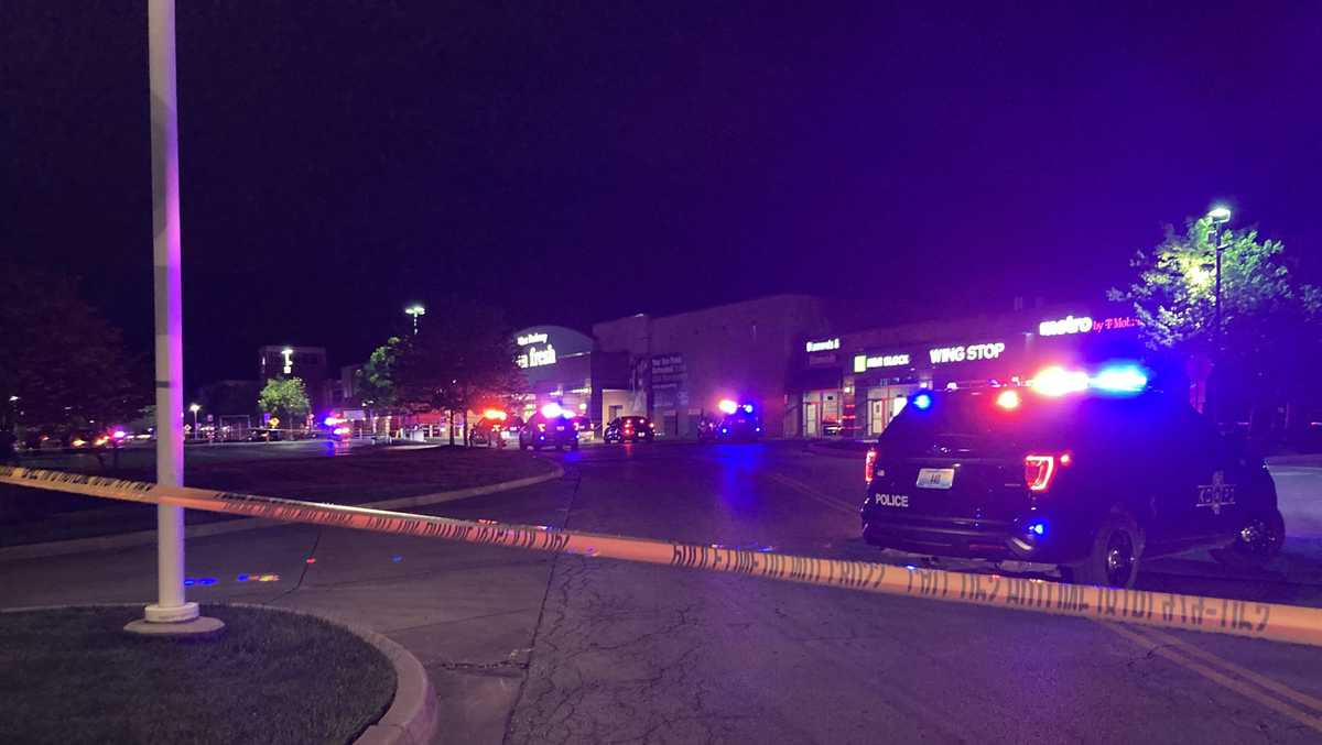 Man killed outside business on Blue Parkway was shot by employee