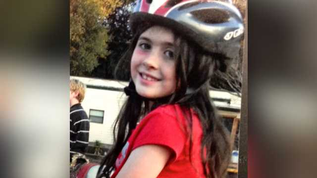 Sobbing mom testifies she thought daughter's alleged killer was good Samaritan