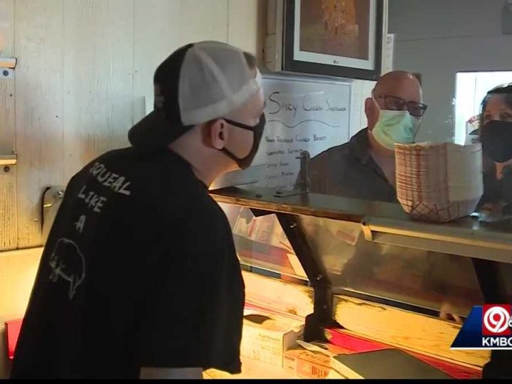 Kansas City, Kansas businesses welcome CDC's easing of mask guidelines