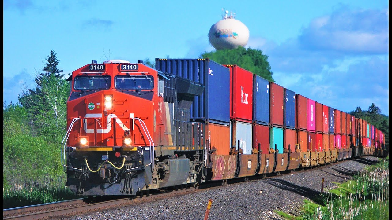 Canadian National Railway shareholder urges board to amend Kansas City deal
