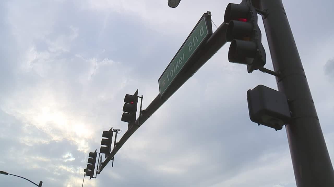 Kansas City considering renaming Oak Street as Volker Boulevard