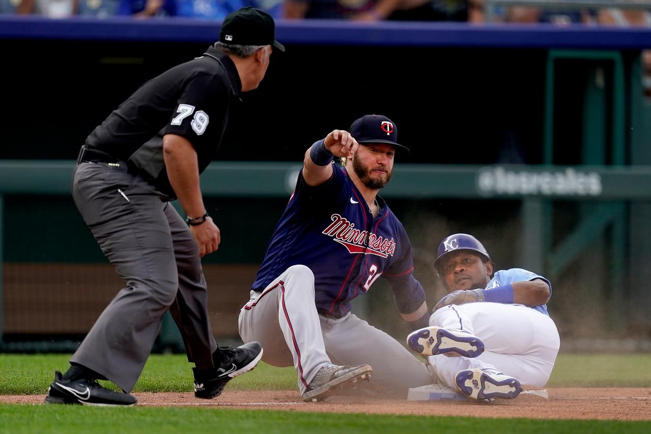 Jeffers, Garlick and Sanó homer as Twins beat Royals 5-4 | FOX 4 Kansas City WDAF-TV