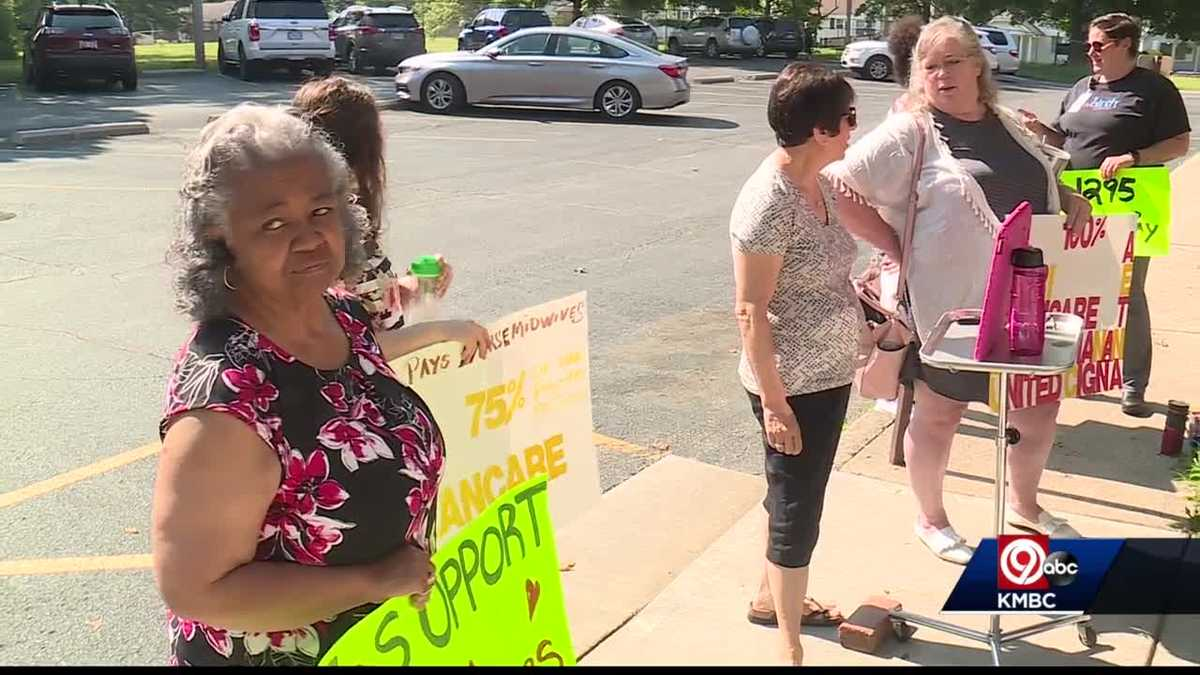 Some say Kansas insurance regulators to blame for natural birth center closing in KCK