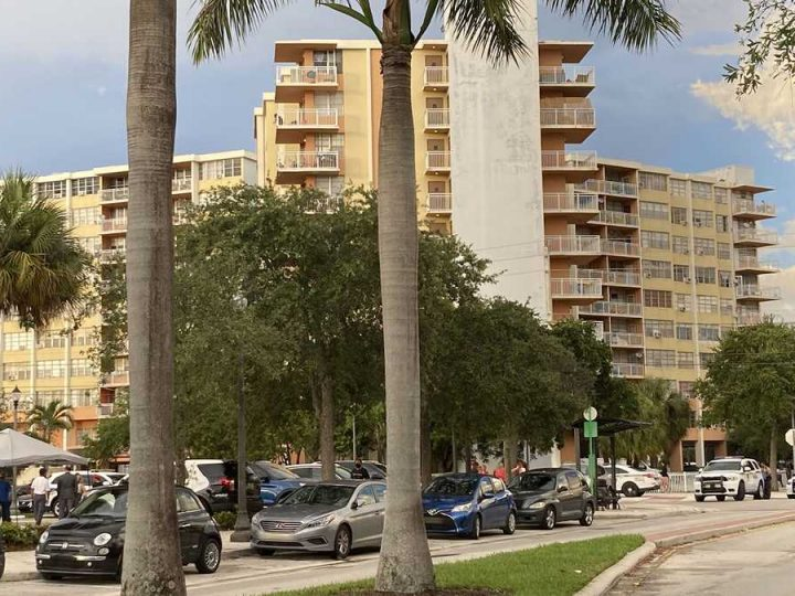 Florida condo building 5 miles from deadly collapse site deemed unsafe, evacuation ordered