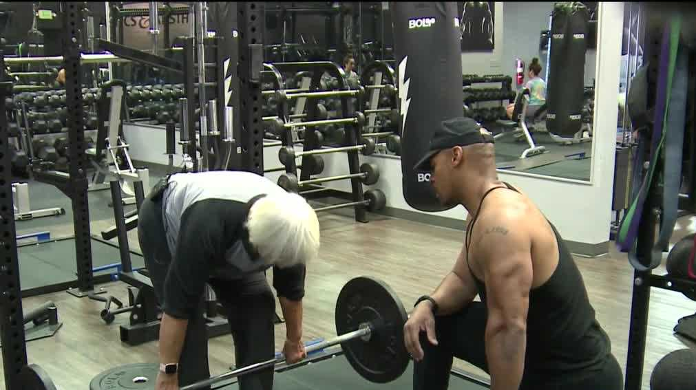 78-year-old defies odds, will participate in powerlifting competition