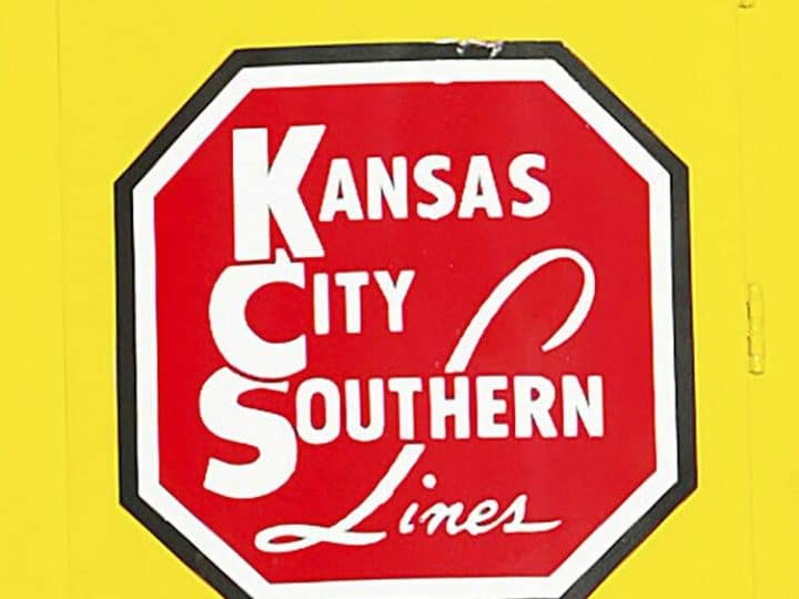 Kansas City Southern delays vote on $33.6B rail takeover bid   Business
