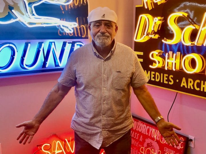 Photographer Wants to Brighten Downtown with Neon Museum – CitySceneKC