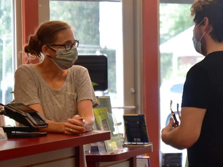 Most Kansas City-Area Businesses Not Requiring Vaccines For Workers, But Do Want Masks | KCUR 89.3